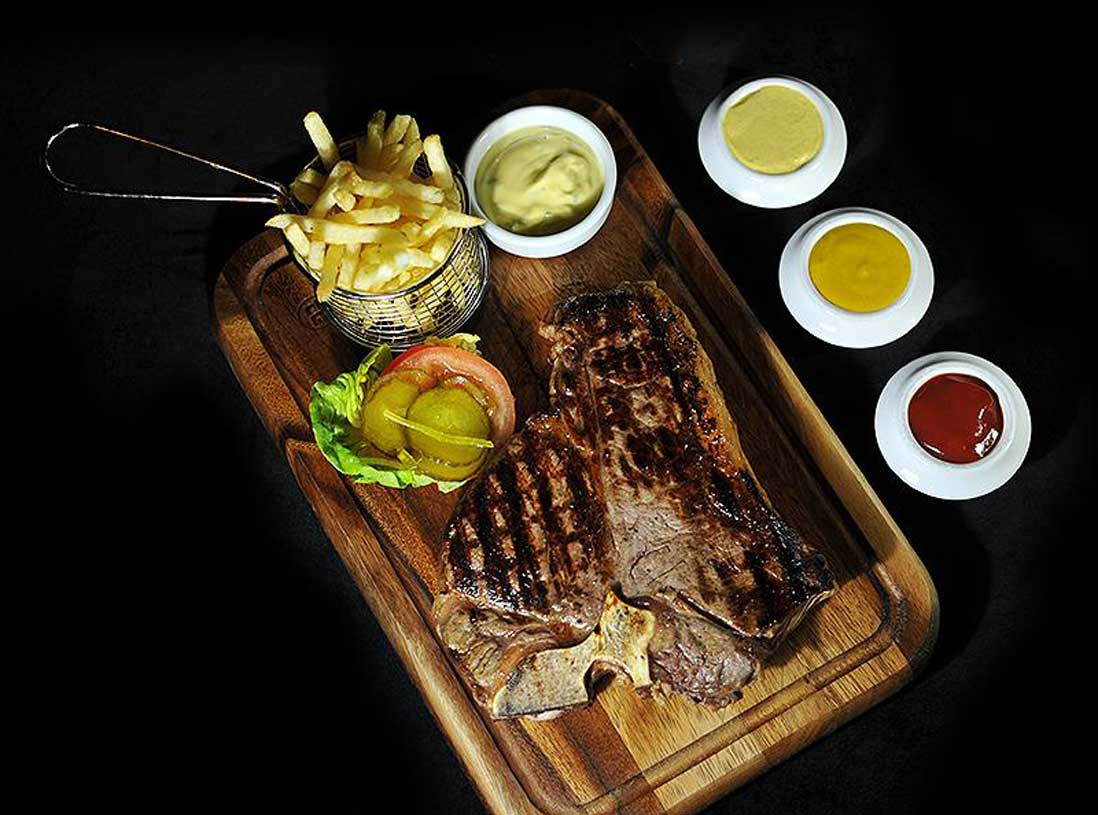 welcome-section-steak-image